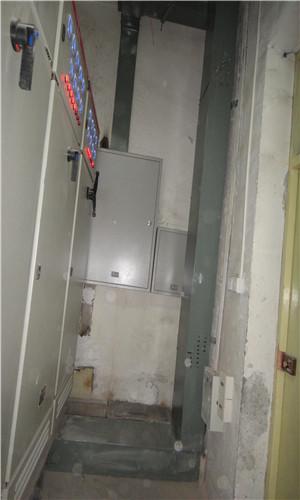配电室内桥架,配电箱,配电柜及配电柜内部构造